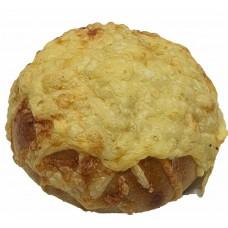Kvásková máslová bulka s goudou, 130g